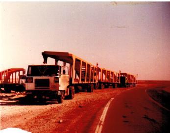 Nun ist der Tankzug ein Autotransporter
