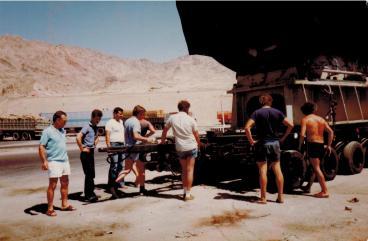 Ankunft eines Generators in Akaba