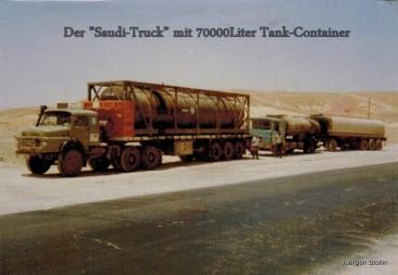 """Mein """"Saudifahrzeug"""" dahinter ein Deutsches Fahrteug..."""